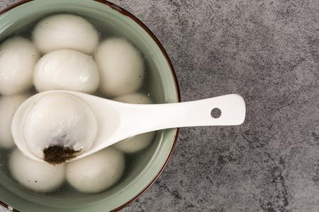 Rice ball sweet soupgruel