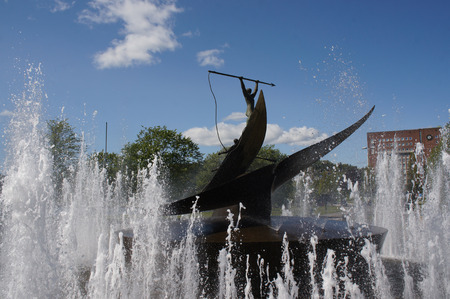 mobs: Fountain statue giving honors to the history of whaling in Sandefjord, Norway