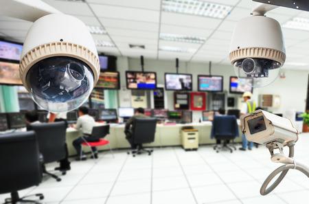 Cámara CCTV o vigilancia de funcionamiento con sala de seguridad Foto de archivo - 27093897