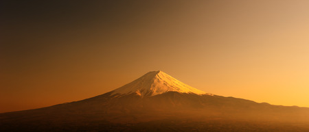 kawaguchi ko: Fujisan , Mount Fuji at sunset