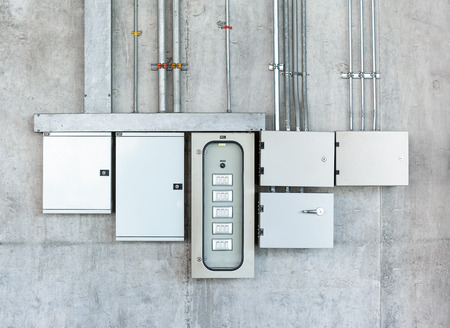 Electrical switch gear and circuit breakers Standard-Bild