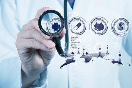 Doctor gebruik stethoscoop, medische begrip