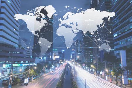 Ciudad con línea de concepción, tecnología conceptual, concepto de globalización de internet
