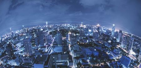 都市の景観連結線、技術コンセプト、概念モ ノのインターネットのハイテク ブルートーン 写真素材