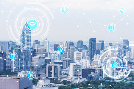 Ville intelligente et d'un réseau de communication sans fil, IdO (Internet des objets), l'ère de l'Internet, Internet de toutes les choses, Internet dans toutes les vies de jour Banque d'images - 66661796