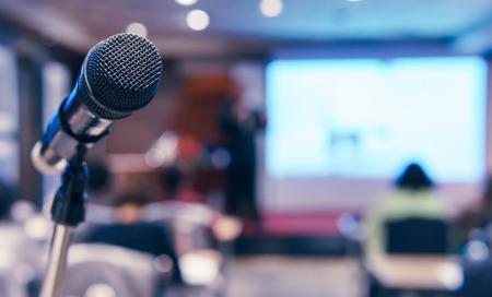 Microphone sans fil dans la salle de séminaire Banque d'images