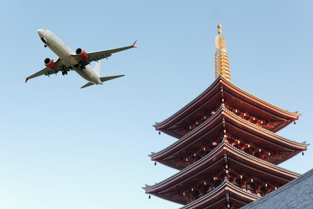 Pagoda in japan with airplane, image for traveling purpose Banco de Imagens