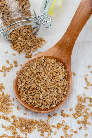 Golden flax seeds. Micronutrient beneficial for the organism that prevents and cures ailments. Rich in fiber and nutrients (manganese, vitamin B1, and above all, in omega-3 fatty acids) beneficial for healt (skin, weight loss, cholesterol reduction, celiac, antioxidants,…)