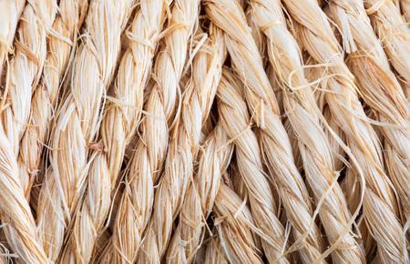 Primo piano della trama della corda naturale. (raccolta di fibre vegetali e naturali).