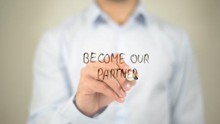 Word onze partner en schrijf op een transparant scherm