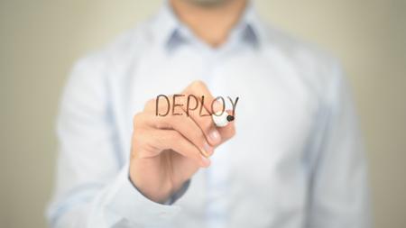 Deploy, Man schrijft op transparant scherm