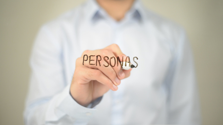 Personas, Man schrijft op transparant scherm Stockfoto