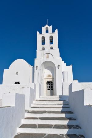 cycladic: Isola di Sifnos Chiesa, bianco delle Cicladi, Grecia
