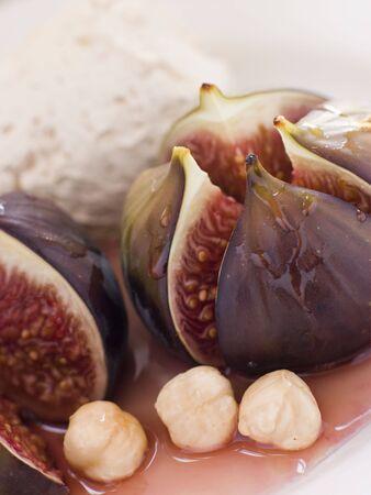noone: Roasted Figs with Hazelnut Cream