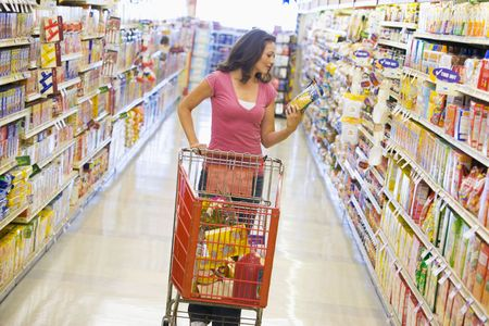 casua: Woman shopping at a grocery store