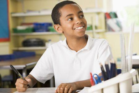 taking note: Studenti in classe prendere appunti