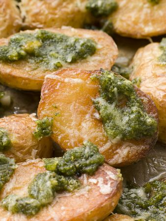 Potatoes roasted with Pesto photo