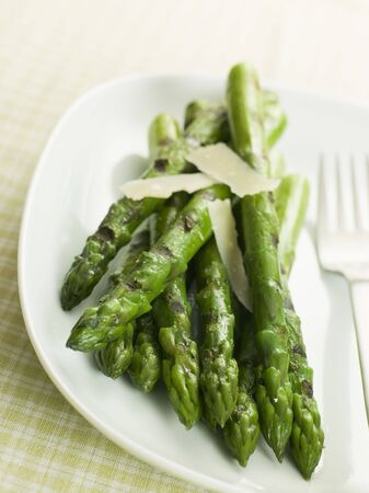 Chargrilled Asparagus Spears with Parmesan Cheese Shaves photo