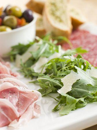 carnes y verduras: Plato de pasta de Lucha  Foto de archivo