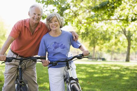 elderly couples: Senior couple on bicycles