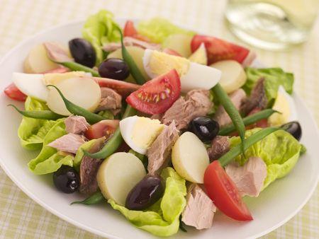 Salad of Tuna Nicoise photo