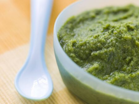 Broccoli and Spinach Baby Food Puree Stock Photo - 3443494