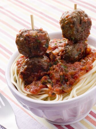 childrens meal: Spaghetti with Meatball Sticks and Spicy Tomato Sauce