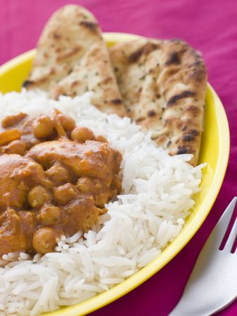 basmati: Chicken and Chickpea Curry with Rice and Naan Bread