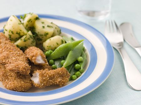 childrens food: Chicken Goujons with Herb Buttered New Potatoes and Green Vegetables