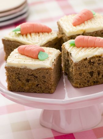 childrens food: Carrot Cake Squares