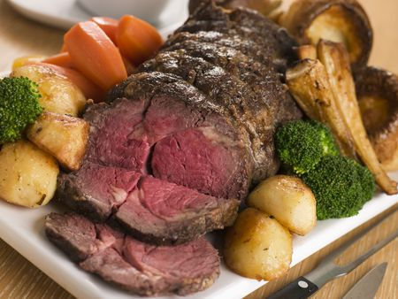 Roast Rib eye of British Beef with all the Trimmings Stock Photo - 3477236