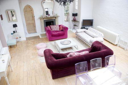 Empty living room photo