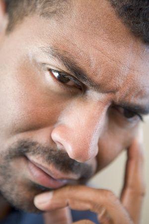 hombre preocupado: Jefe foto de hombre preocupado  Foto de archivo