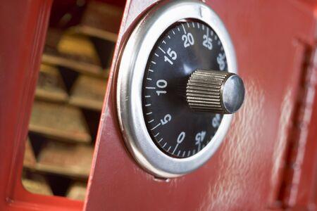 securing: Safe Full Of Gold Bars