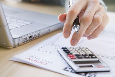 contabilidad financiera cuentas: Pagar las facturas
