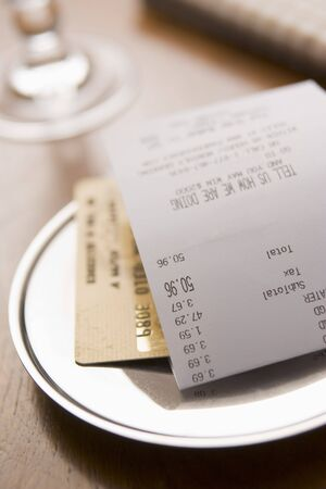 Paying Restaurant Bill With A Credit Card Stock Photo - 3712383