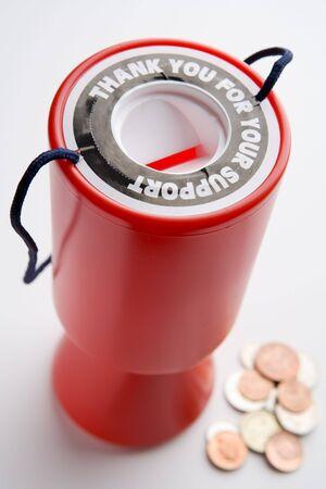 generosit�: Contenitore di raccolta e Monete