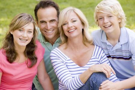 adolescentes riendo: Retrato de una familia