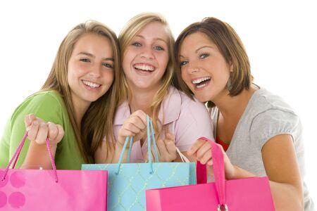 chicas adolescentes: Retrato de las adolescentes celebraci�n de bolsas de la compra Foto de archivo