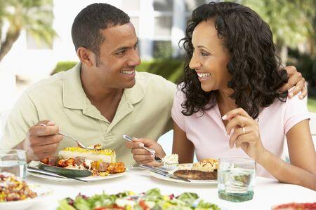 al: Couple Eating An Al Fresco Meal