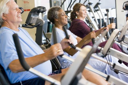 pacjent: Pacjentów pracy na zewnątrz w siłowni