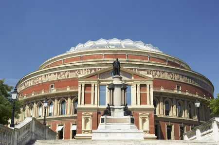 male likeness: Royal Albert Hall, Londres, Inglaterra