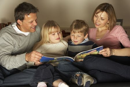 Family Reading Together Stock Photo - 4644814
