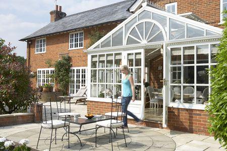 Exterieur van Huis met Conservatorium en patio