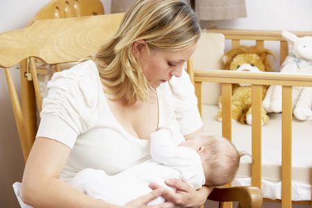 lactancia materna: Mam� beb� de la lactancia materna en enfermer�a
