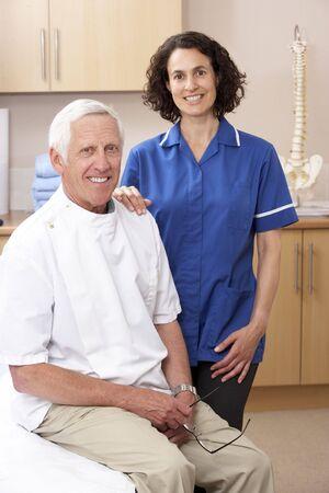 osteopata: Retrato de oste�pata hombres y mujeres