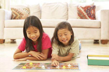 Dwie dziewczyny domu Playing Board Game
