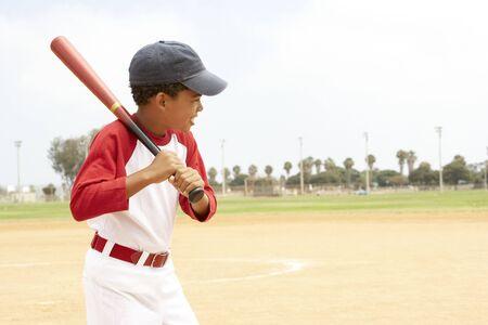 futbol infantil: Ni�as j�venes en la selecci�n de f�tbol  Foto de archivo