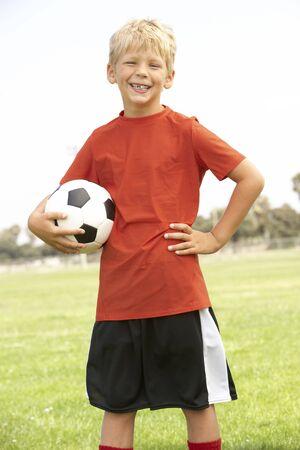 futbol infantil: Joven Boys en el equipo de f�tbol  Foto de archivo