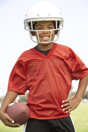 futbol infantil: Joven Boys en el equipo de fútbol americano